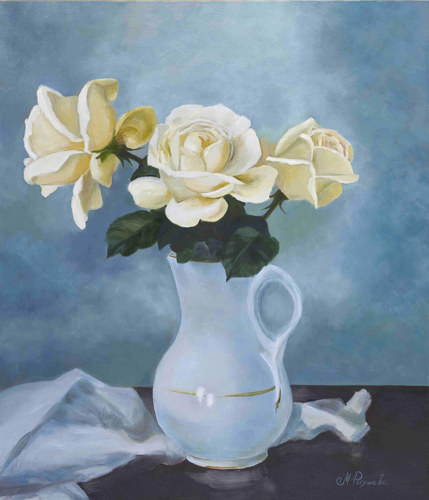 Чайные розы в кувшине